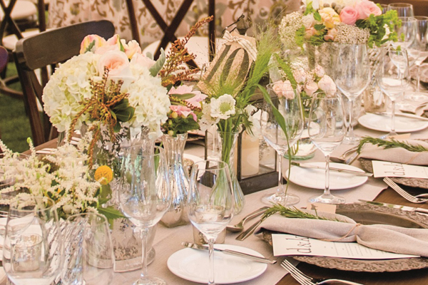 pretty floral tablescapes