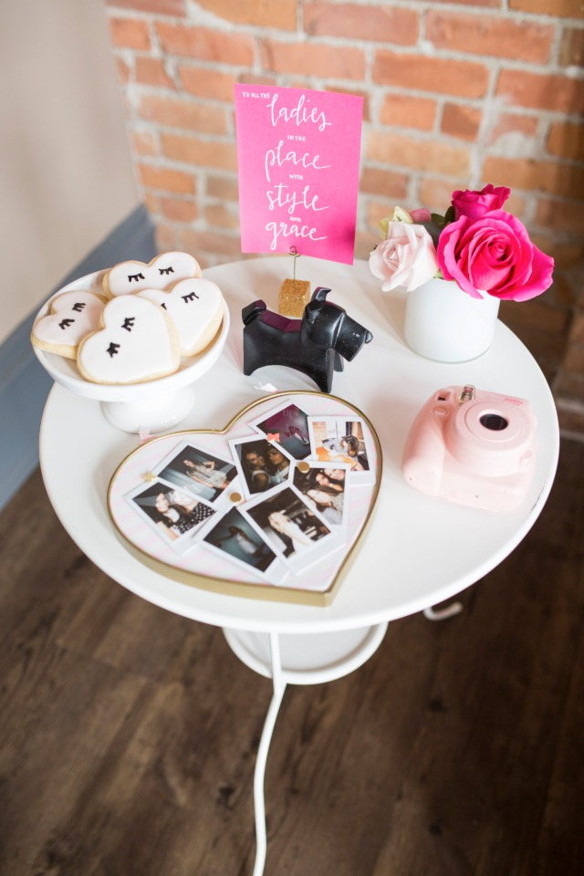 photo guestbook and cookie table