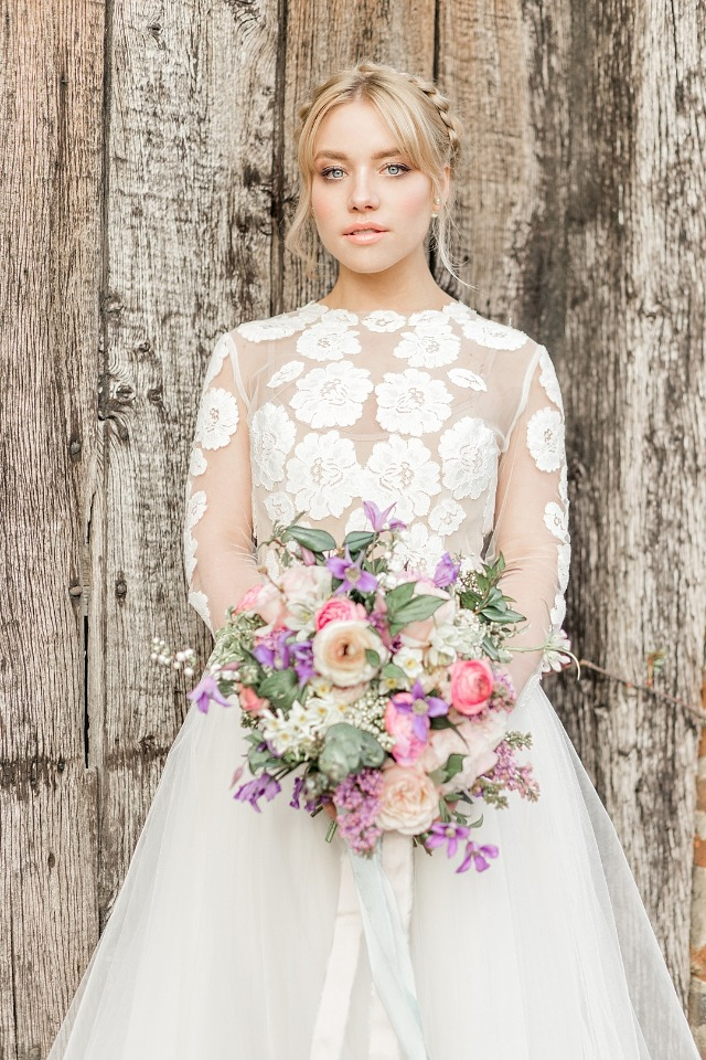 Picture perfect bridal look for spring