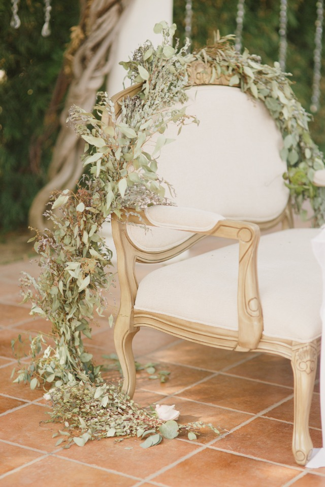 Chair garland for the sweetheart table