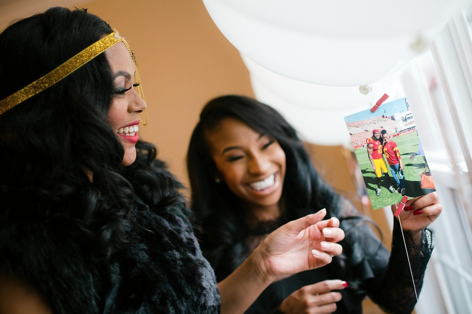 fun way to show of your photos at your bridal shower