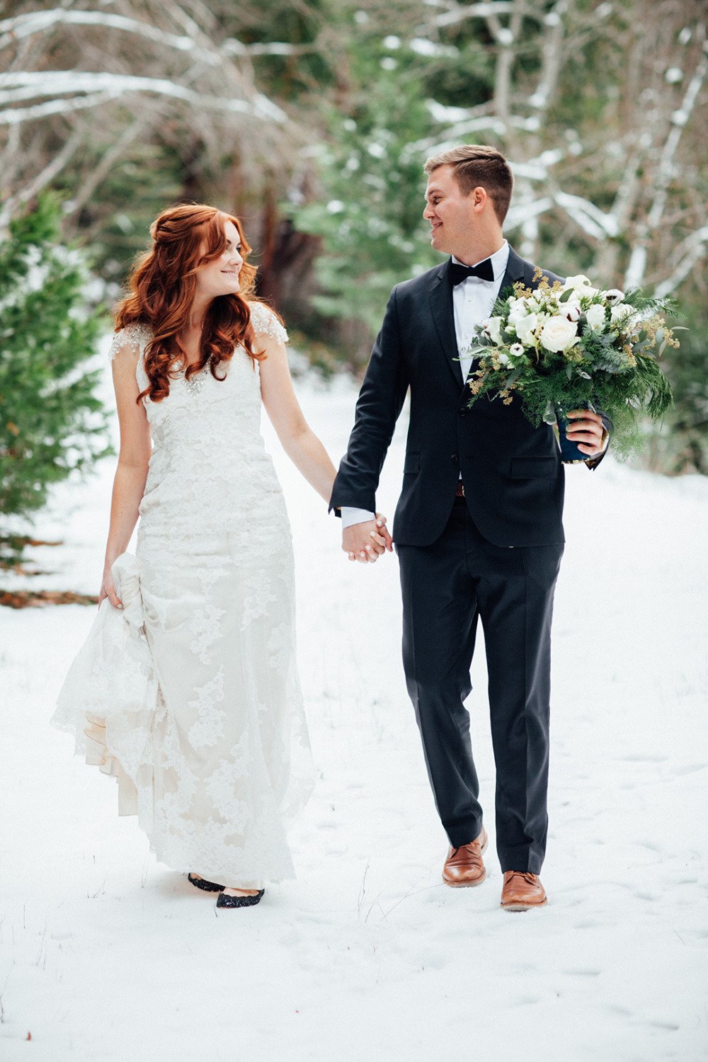 gorgeous winter wedding photos
