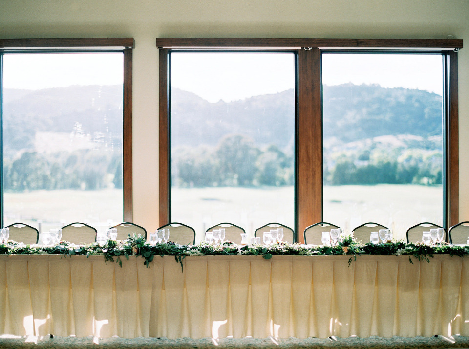 head wedding table with gorgeous view