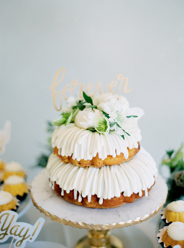 delicious bundt wedding cake