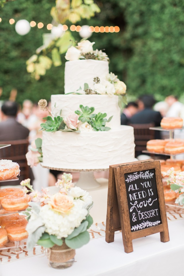 Pretty cake and sign