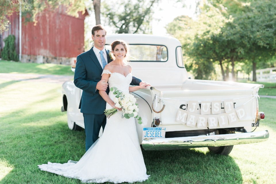just married wedding truck sign