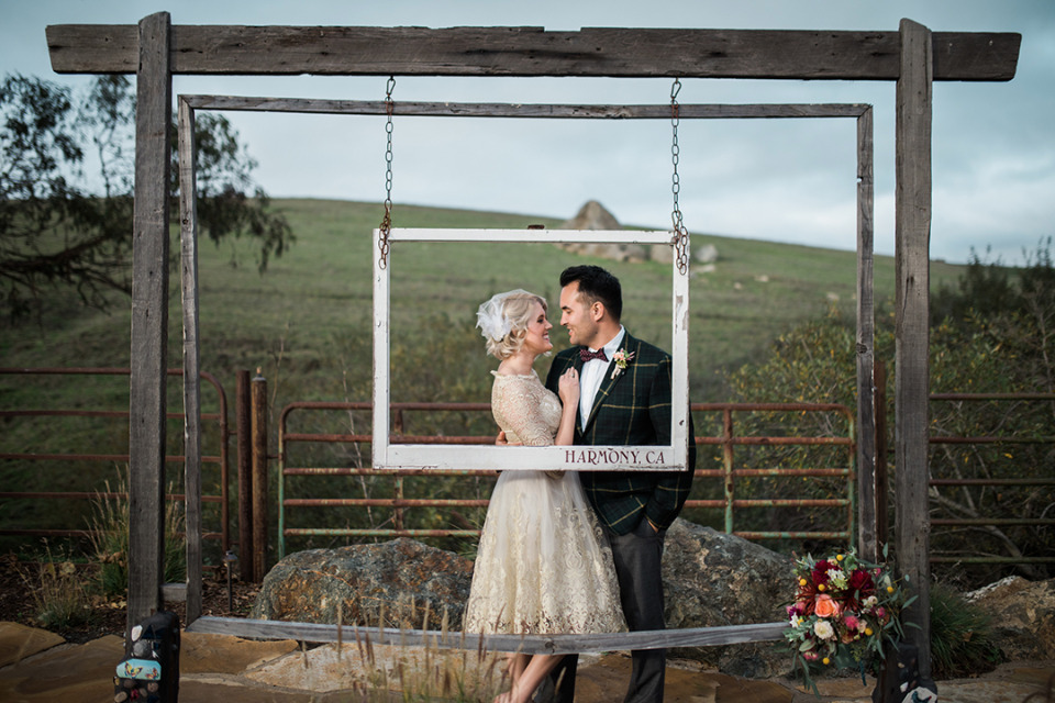 fun frame wedding photo opp