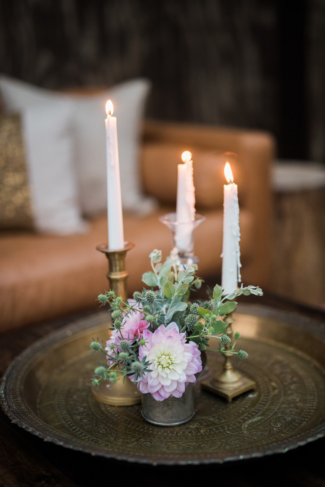 candle and flower wedding decor