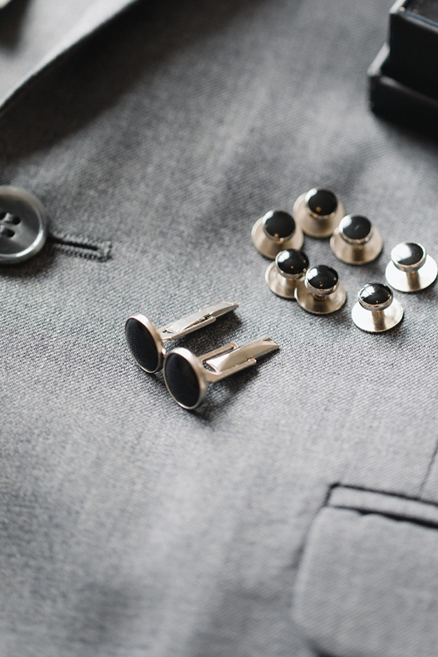 black and silver cuff links from Generation Tux