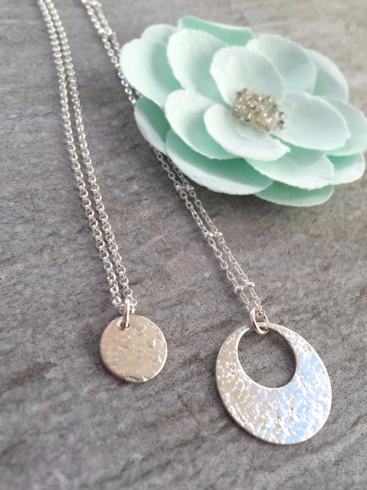 silver circle necklaces