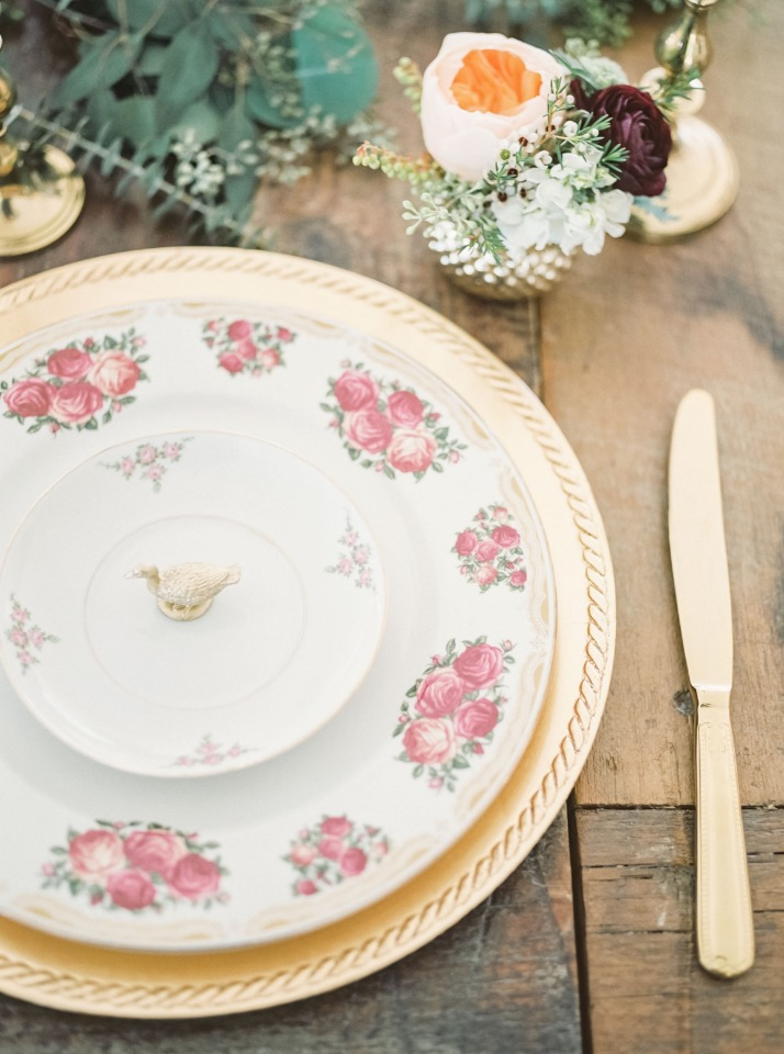 Vintage place setting with gold
