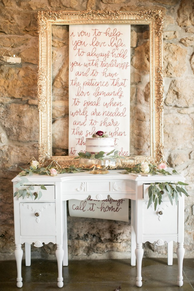 Beautiful rustic cake table