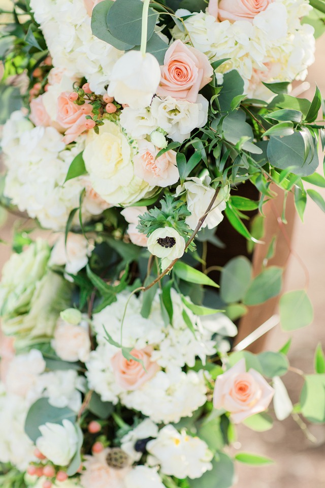 soft peach and white wedding flowers
