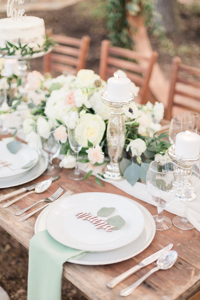 elegant and rustic wedding table decor