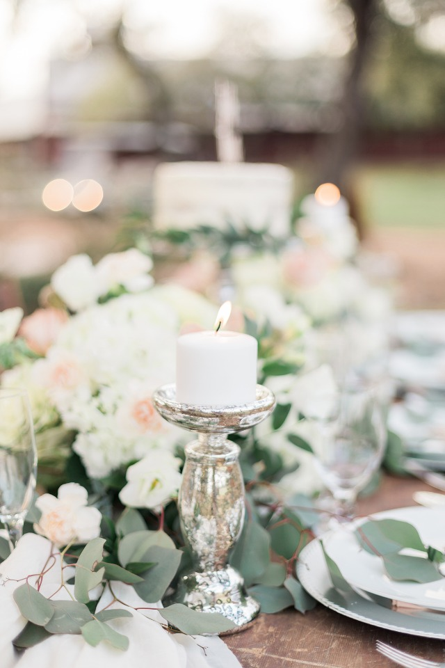 silver peach and white table decor