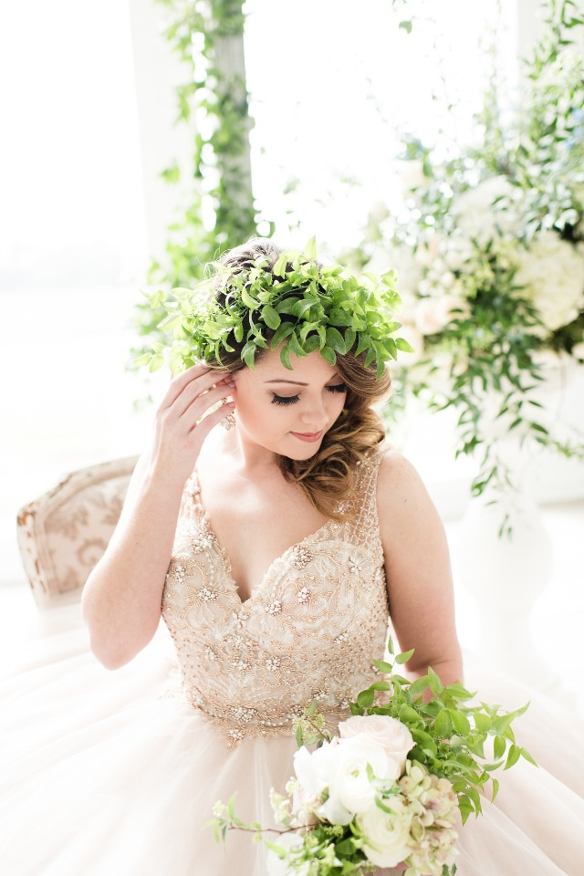 Midsummers Night Dream themed bridal style