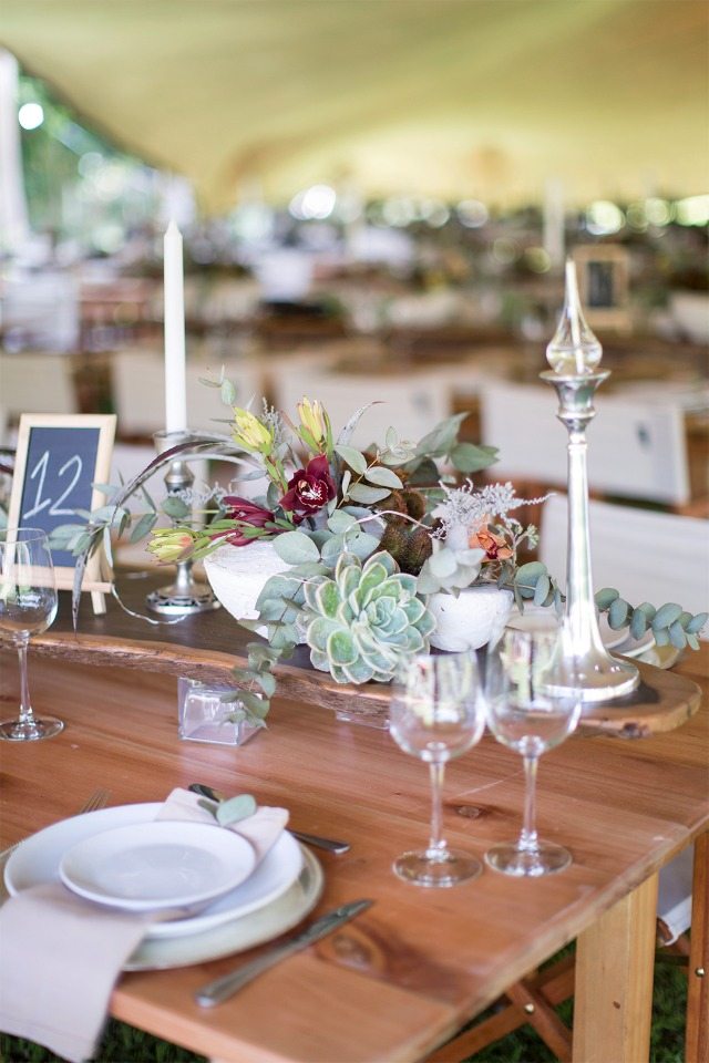 rustic chic wedding table decor idea
