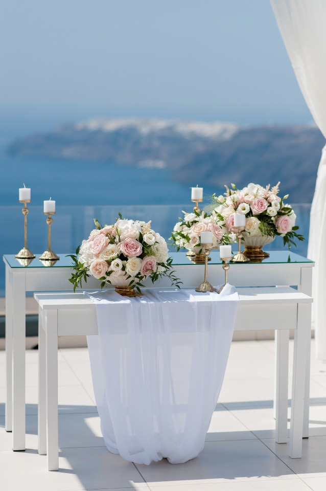 blue white and pink wedding ceremony