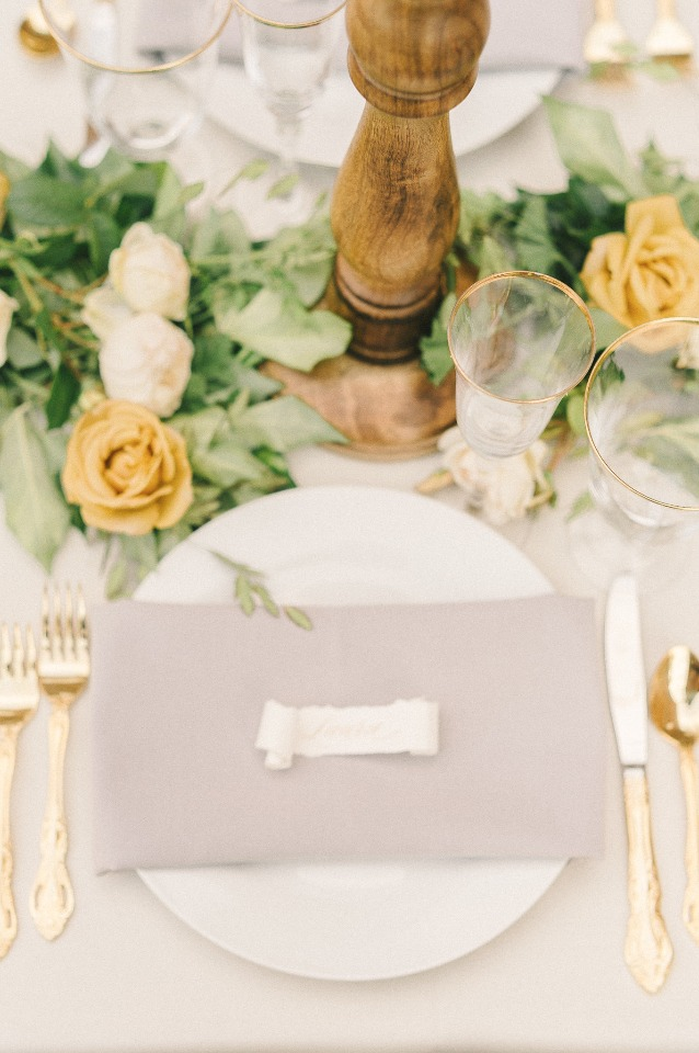 Elegant table decor