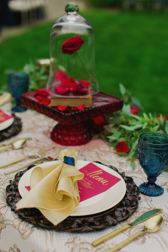 Beauty and the Beast inspired sweetheart table