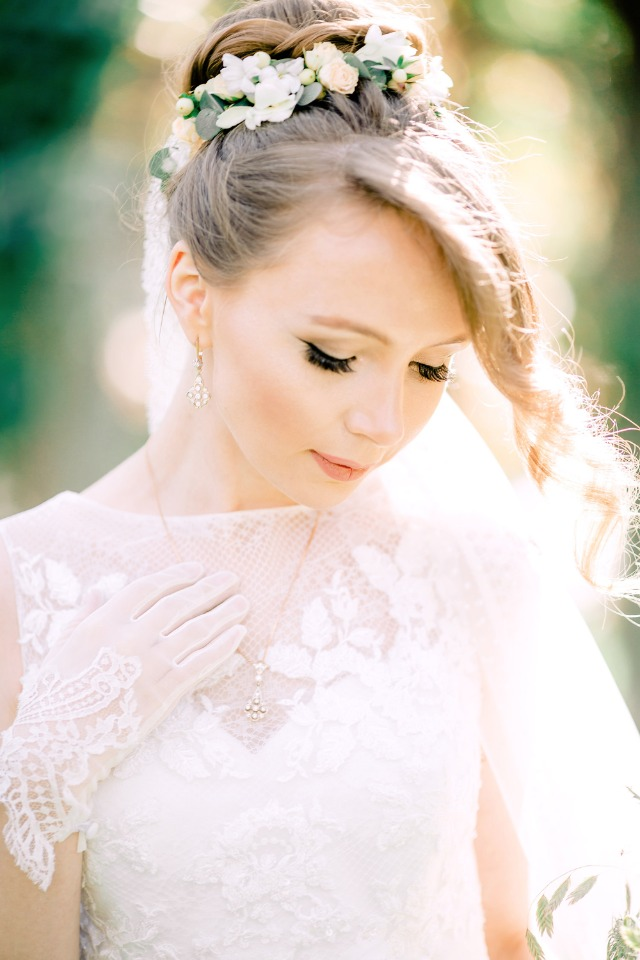 Hair and makeup for the spring bride
