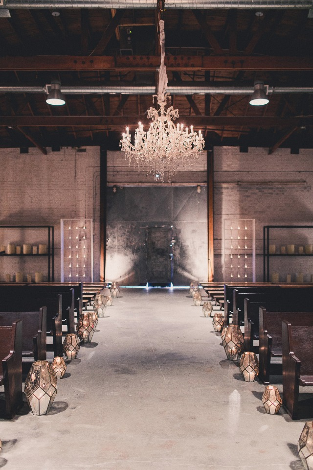 Glam industrial ceremony decor