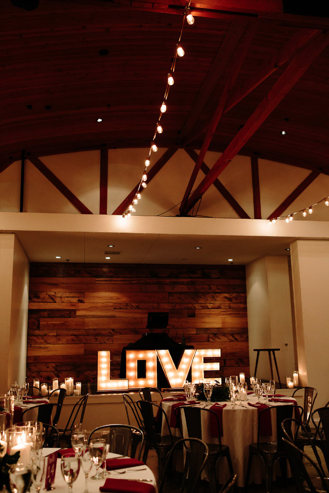 giant love marquee sign for wedding decor