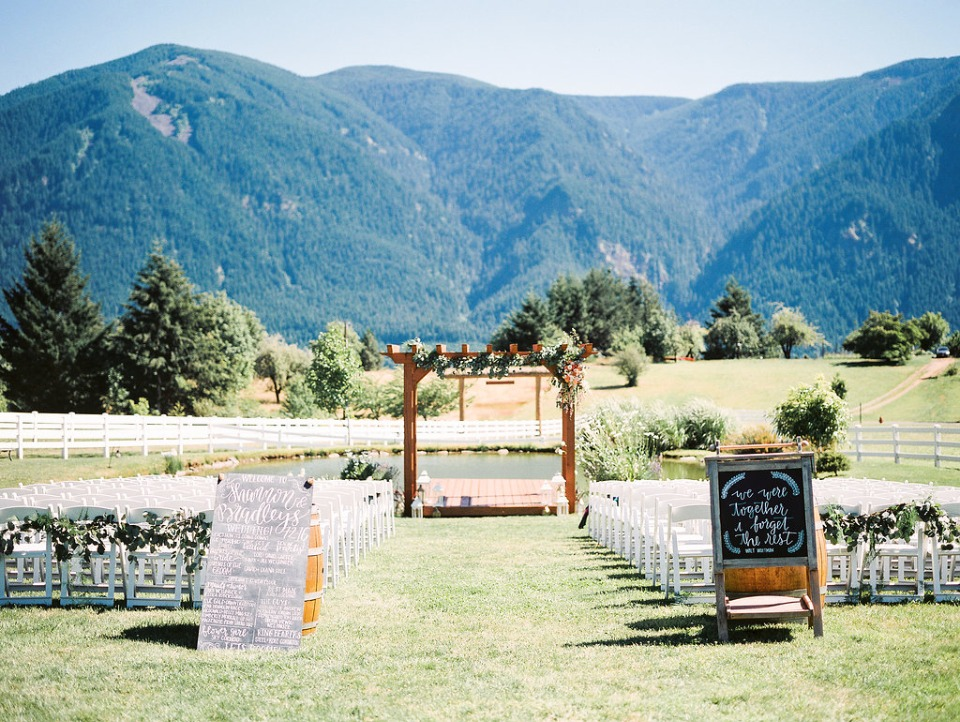 waterfront outdoor ceremony