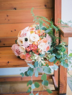 Relaxed Natural Outdoor Oregon Wedding At Wind Mountain Ranch
