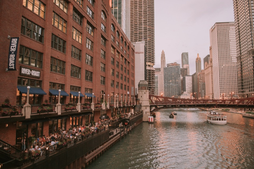 Chicago riverside reception at River Roast