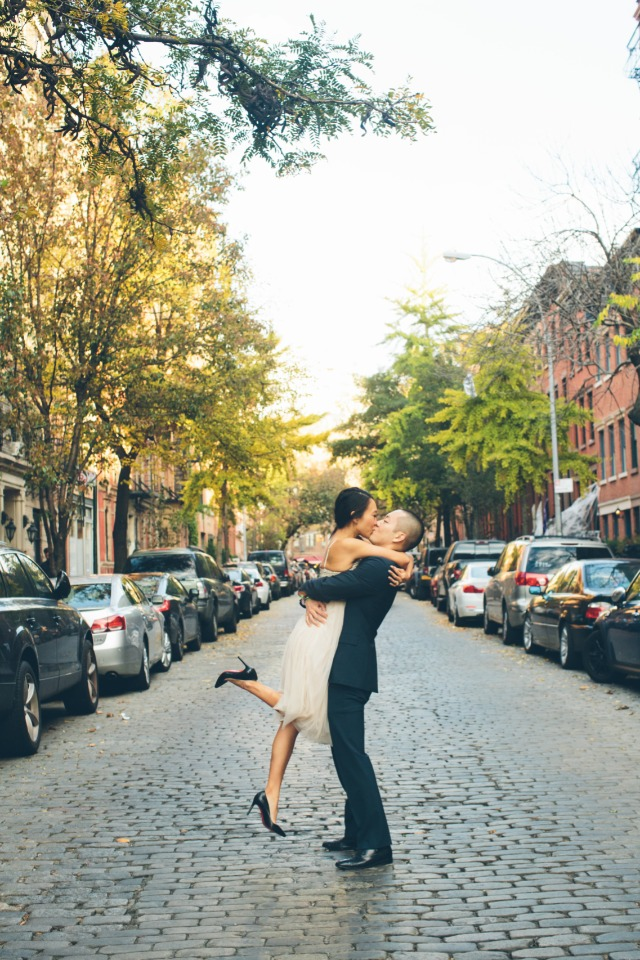 Kiss in the street