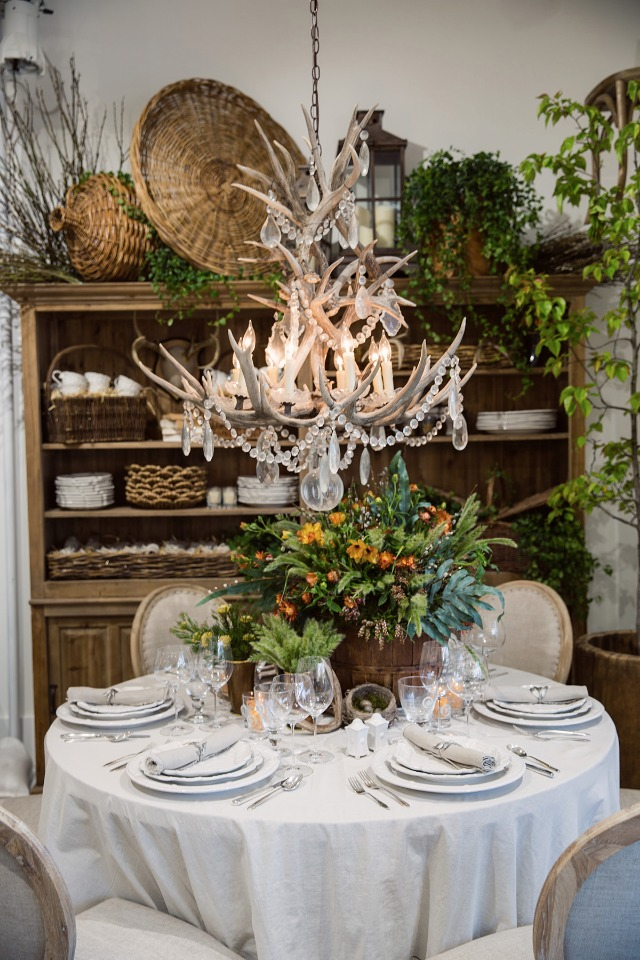 Theoni Lifestyle Event Rentals Chandeliers