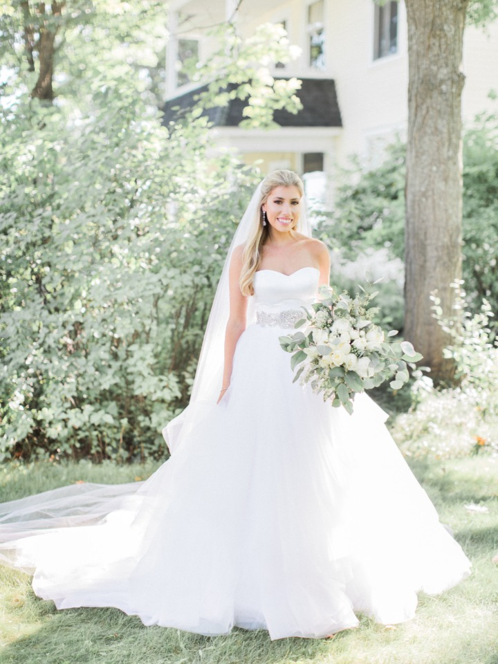 Gorgeous Michigan bride