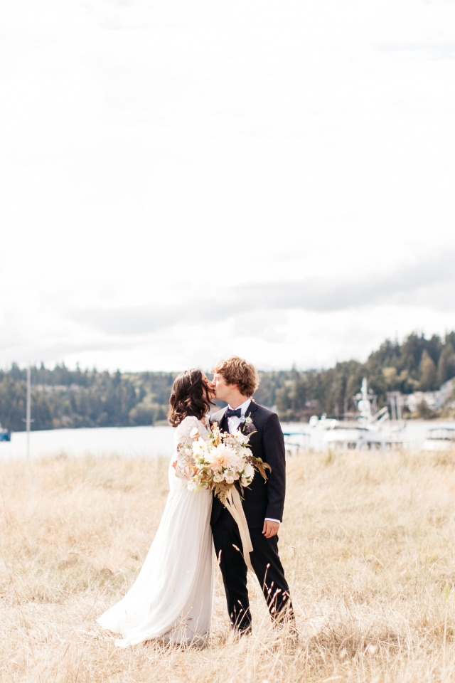 Love this seaside wedding