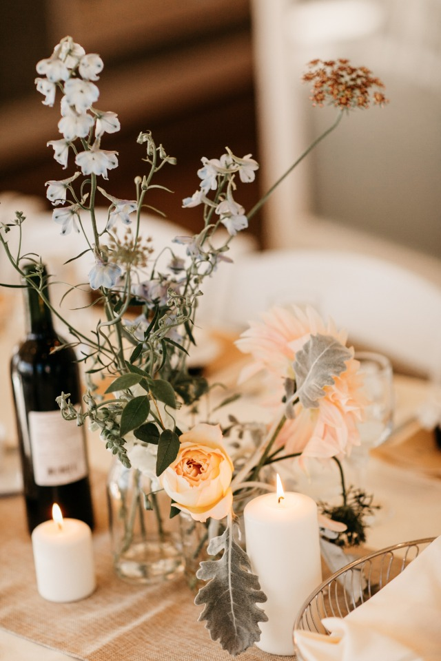 Chic and simple centerpiece