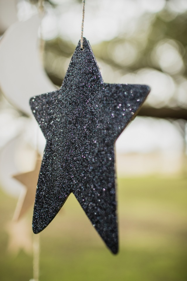 glittery star wedding decor