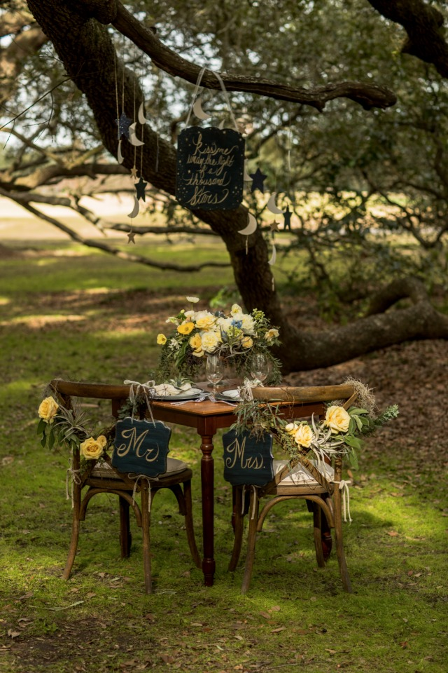 sweetheart table idea
