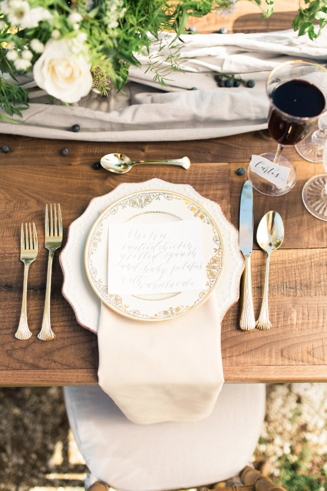 how to set a table elegantly