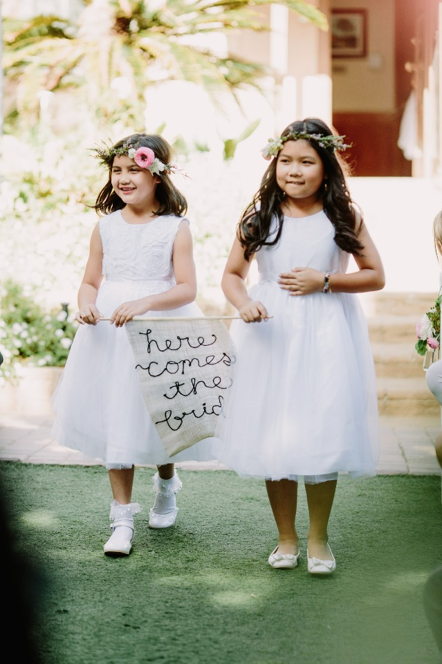 Cute banner for your flower girls
