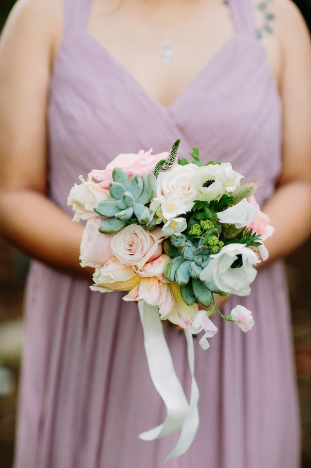 Dainty bridesmaid bouquet with succulents