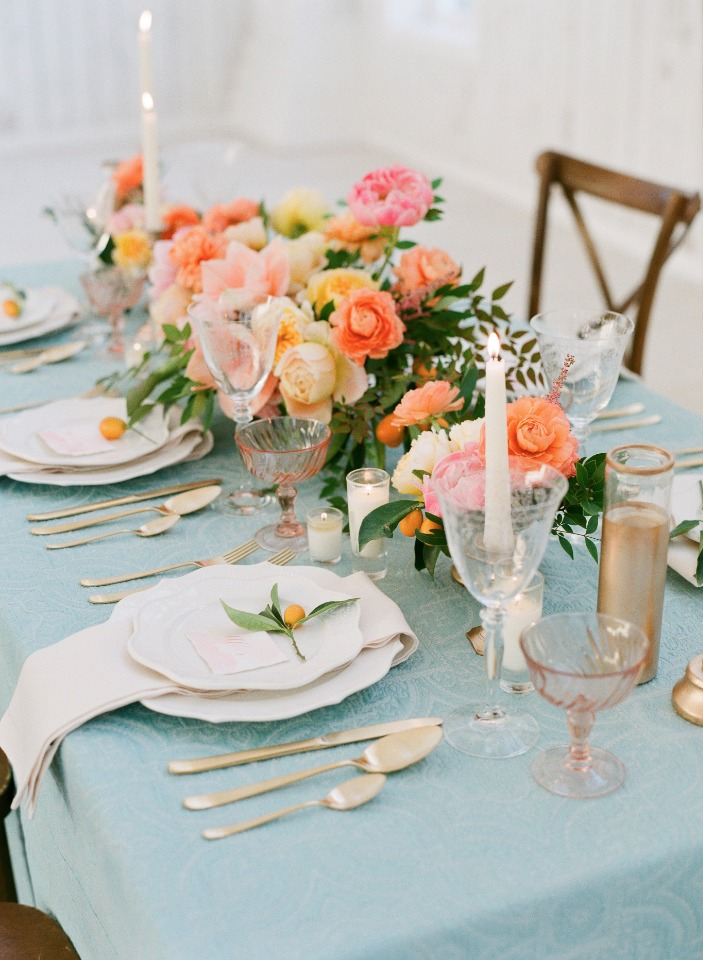 gold and blue spring time wedding table