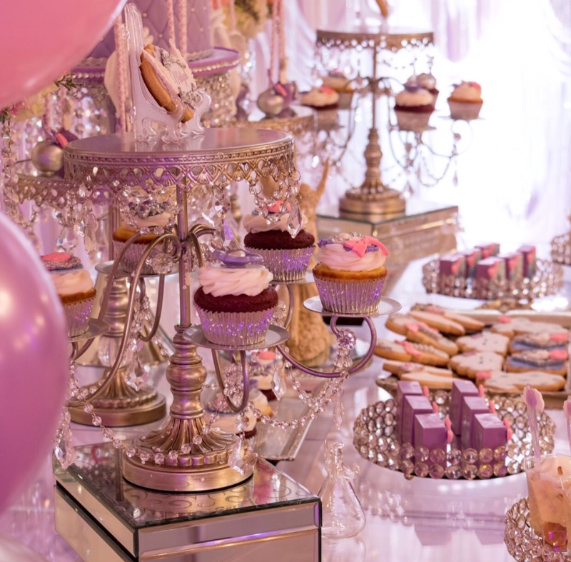 Opulent Treasures has an amazing collection of dessert stands