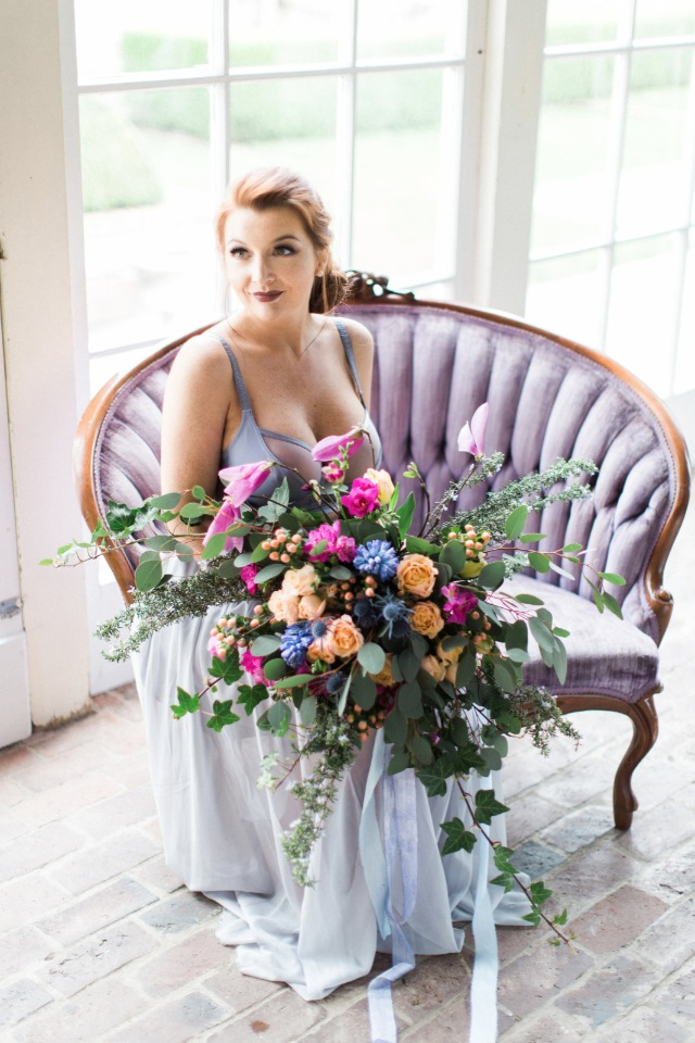 romantic loose bouquet in pink blue and peach