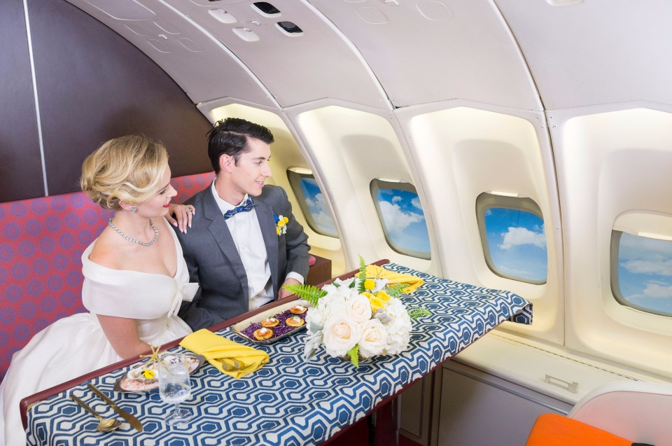 in-flight wedding dinner