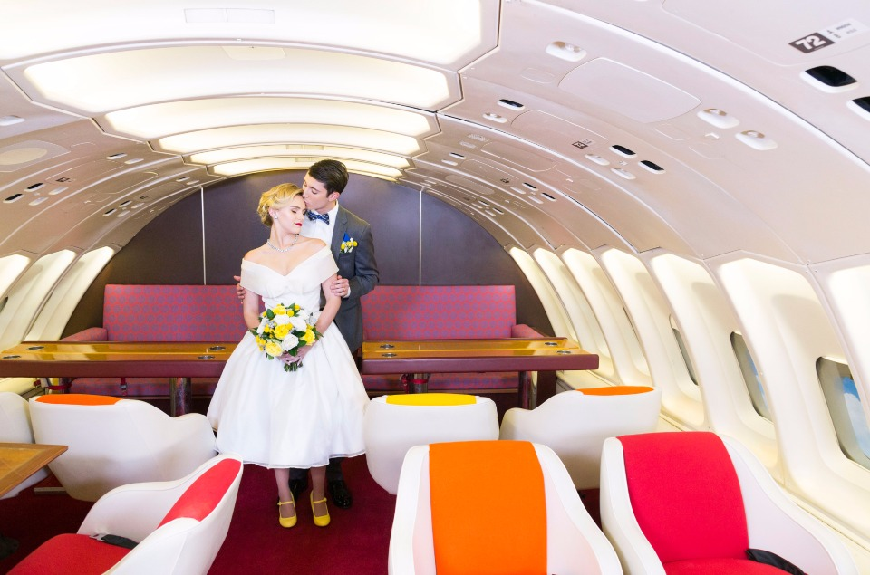 vintage air-travel wedding idea