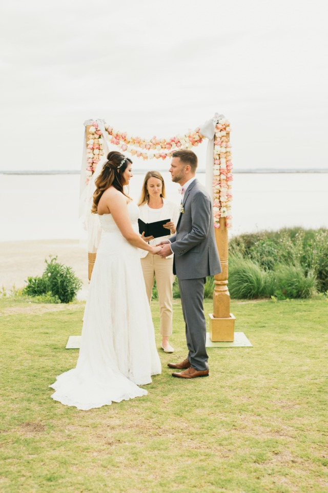 Pretty waterfront ceremony