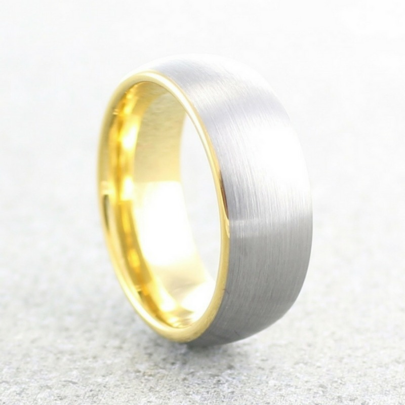 Mens 18K yellow gold tungsten wedding band. This ring has been designed with a silver brushed textured finsh and a 18K yellow gold