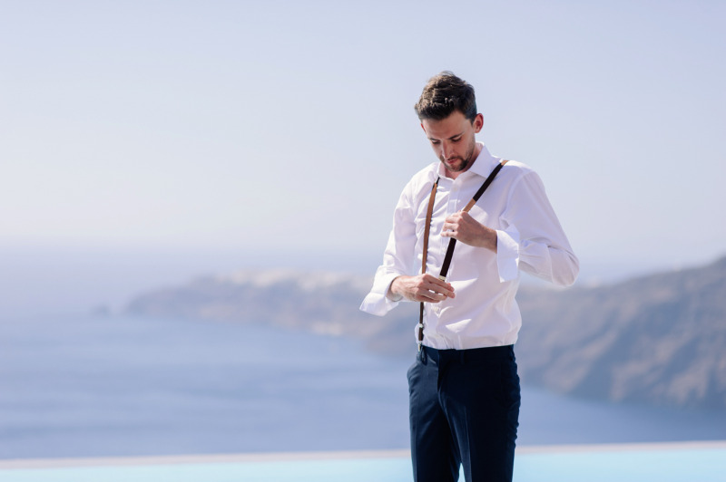 Groom's preparation and the most amazing view on the backdrop