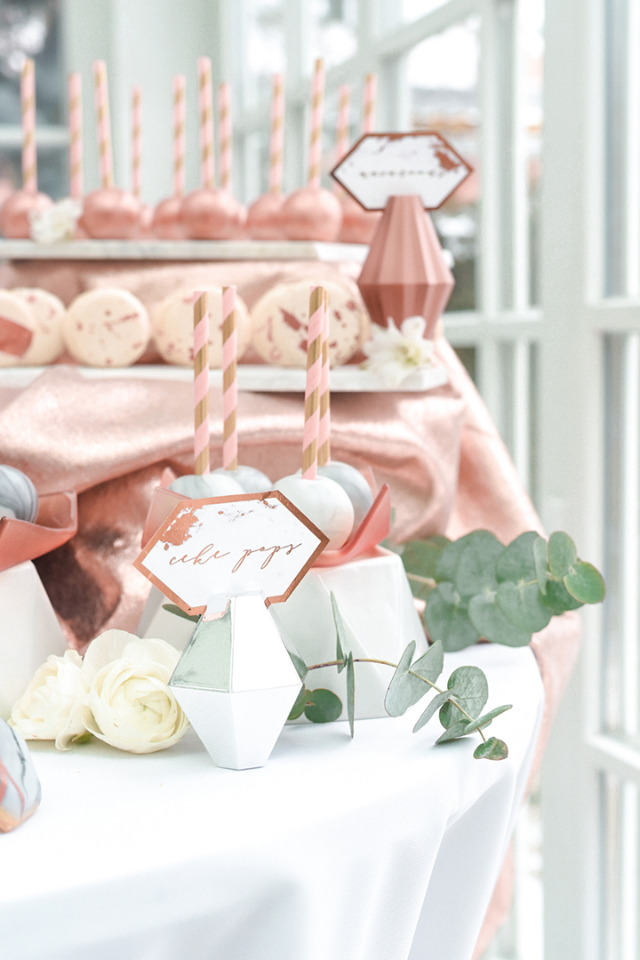 marble and copper cake pops