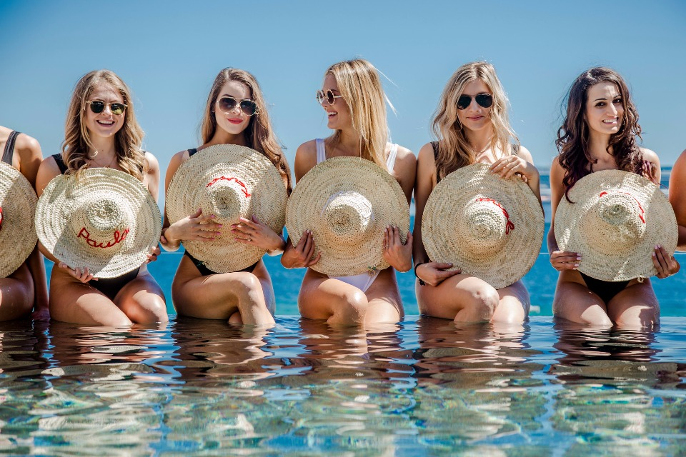 Cute bachelorette party in Cabo